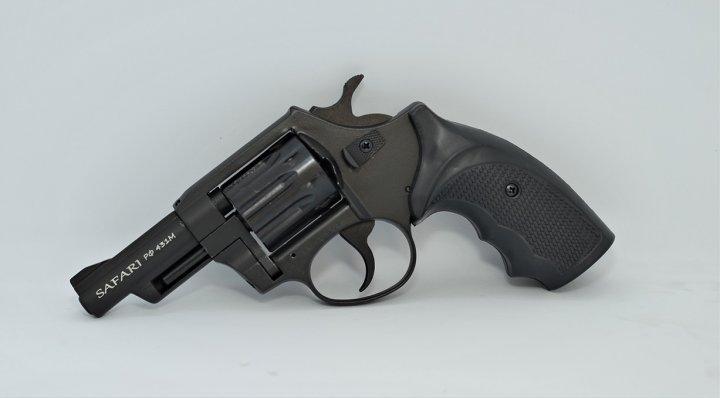 Револьвер під патрон Флобера Safari RF-431 cal. 4 мм пластикова рукоятка, BLACK CERAKOTE - зображення 1