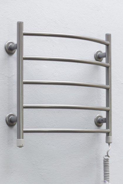 Полотенцесушитель ТЕПЛЫЙ МИР Овал серебро металлик правосторонний с кнопочным переключателем - изображение 1