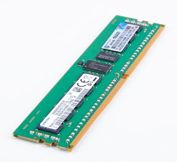 Оперативная память HP DDR4-RAM 8GB PC4-2133P ECC RDIMM 2R RENEW (759934-B21) Refurbished - изображение 1