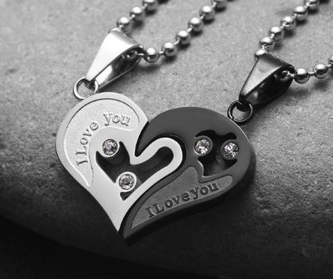 """Кулоны парные """"Две половинки сердца"""" черные на шариковой цепочке - изображение 1"""