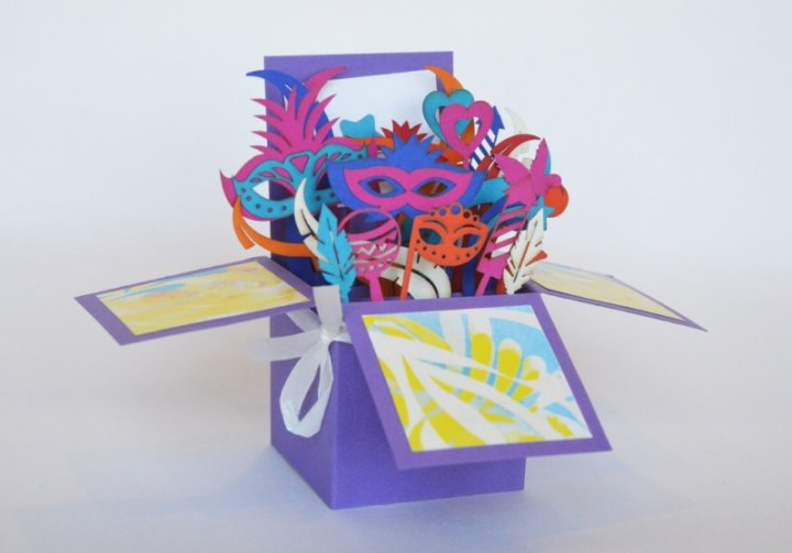 Об'ємна коробочка Карнавал Wowcards - зображення 1
