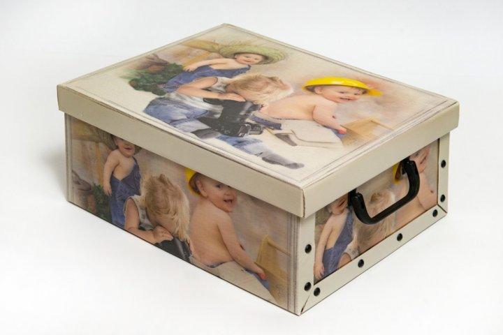 Коробка картонная с пластиковыми ручками Evoluzione 30 х 39 х 15 см Мальчики мастера (35) - зображення 1