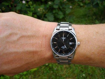 Чоловічий годинник CASIO BEM-111D-1AVEF