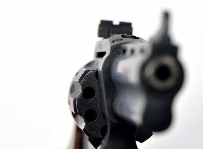Револьвер під патрон Флобера Safari RF-441 cal. 4 мм пластикова рукоятка, BLACK CERAKOTE