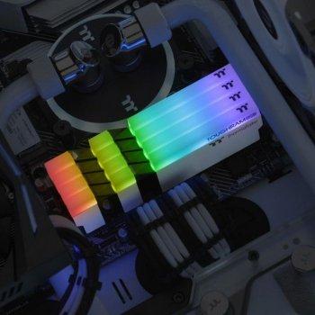 Модуль памяти для компьютера DDR4 16GB (2x8GB) 4400 MHz Toughram White RGB ThermalTake (R022D408GX2-4400C19A)