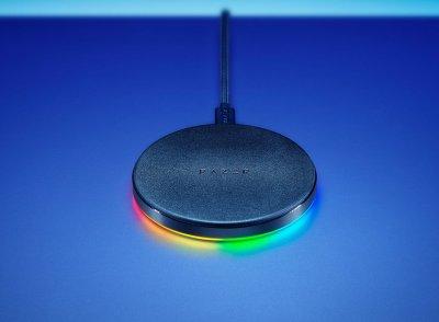 Зарядное устройство RAZER Chroma Charging Pad 10W Fast WL Charger RGB Black (RC21-01600100-R371)
