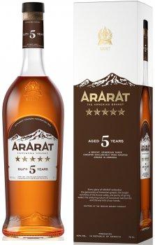 Бренди ARARAT 5 лет выдержки 0.7 л в коробке 40% (4850001001942)