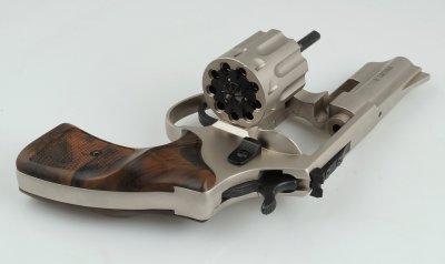 "Револьвер Zbroia PROFI 3"" (сатин/pocket)"