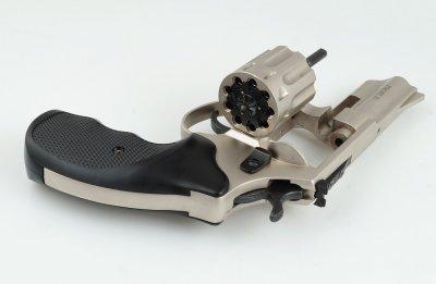 Револьвер Zbroia PROFI 3″ (сатин/пластик)