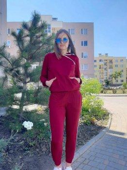 Женский спортивный костюм бордовый с лампасами