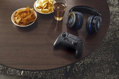 Геймпад Razer Raiju Tournament Edition Black (RZ06-02610400-R3G1)