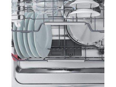 Встраиваемая посудомоечная машина Whirlpool WIS7020PEF