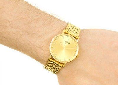 Чоловічі годинники Tissot T109.410.33.021.00