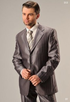 Чоловічий святковий костюм West Fashion 212 сірий 182