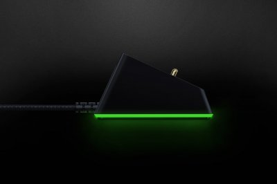 Док-станция Razer Mouse Dock Chroma (RC30-03050200-R3M1)