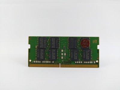 Оперативная память для ноутбука SODIMM Samsung DDR4 8Gb PC4-2133P (M471A1G43DB0-CPB) 2993 Б/У