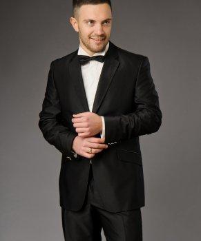 Мужской нарядный костюм West-Fashion 695 черный 170