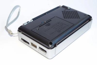 Аккумуляторный портативный радиоприемник Golon RX-2277 FM AM радио колонка с фонариком и USB выходом Черно-серебристый + Электронные часы с будильником и секундомером