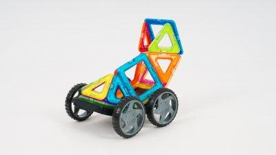 Магнитный конструктор Play Smart цветные магниты Гоночные машины 16 деталей + книга с вариантами сборки