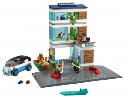 Конструктор LEGO City Community Семейный дом 388 деталей (60291)