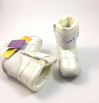Зимові дуті чоботи для дівчинки Флора Tom.m білий 1628