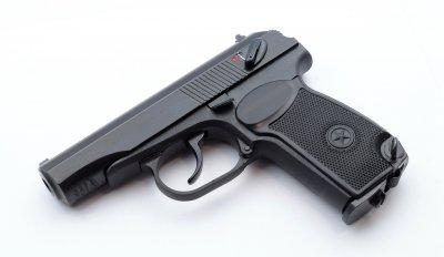 Пневматичний пістолет MP-654К (32 серія, чорна рукоятка)