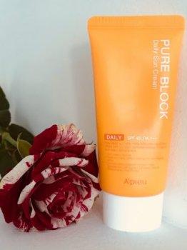Солнцезащитное средство A'PIEU Pure Block Natural Daily Sun Cream SPF45/PA+++50 (SW0000442)