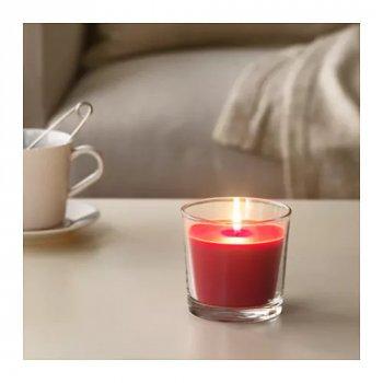 Ароматична свічка в склянці IKEA SINNLIG 9 см червоні ягоди (303.374.06)