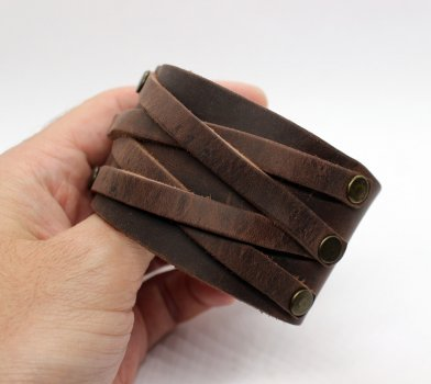 Кожаный напульсник Pride&Bright Gothic 4215OR коричневый