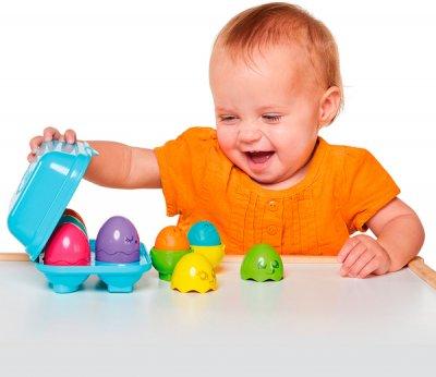 Розвивальна іграшка Tomy Яскраві курчата (T73081)