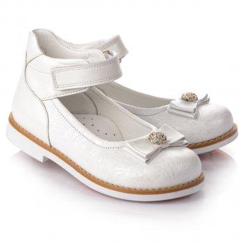 Детские белые туфли