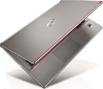 Ноутбук Fujitsu LIFEBOOK E744-Intel-Core-i5-4300M-2,6GHz-8Gb-DDR3-320Gb-HDD-W14-(B)- Б/В