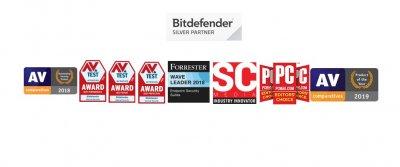 Ліцензійний антивірус BitDefender Family Pack 2020 - комплексний захист 15 пристроїв сімейного кола ! (1 ліц, 15 пристроїв, 3 роки)