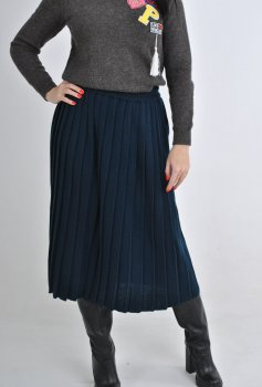 Шерстяная юбка плиссе в темно-синем цвете