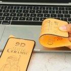 Защитное гибкое стекло Matte Ceramic Glass 9D для iPhone 6/6s/7/8/SE 2020/6 plus/7 plus/8 plus с черной рамкой - изображение 3