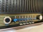 Акумуляторний радіоприймач колонка Kemai Retro (MD-1909BT) з Bluetooth і USB Black - зображення 3