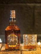 Виски Chivas Brothers Limited 0.7 л XV 15 лет выдержки 40% в подарочной упаковке (5000299622049) - изображение 2