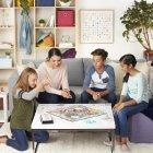 Настільна гра Hasbro Місіс Монополія (E8424) - зображення 12