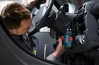 Аккумуляторная дрель-шуруповерт Bosch Professional GSR 12V-15 + Набор бит +сверла (39 шт) в мягком кейсе (0615990G6L) - изображение 3