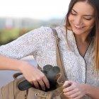 Портативный вибрационный ручной массажер пистолет Massage Gun для спины и всего тела мышечный массажер с 3 насадками, Серый - изображение 5